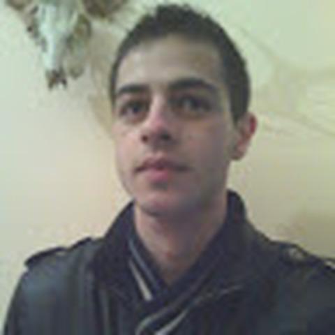 Istvan, 27 éves társkereső férfi - Komló