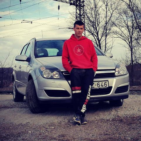 Tamás, 20 éves társkereső férfi - Dombóvár