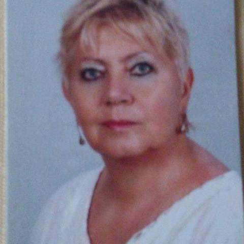 Zsuzsanna, 71 éves társkereső nő - Nagykanizsa