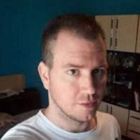 Ádám, 36 éves társkereső férfi - Debrecen