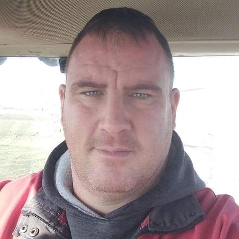 Róbert, 40 éves társkereső férfi - Hódmezővásárhely