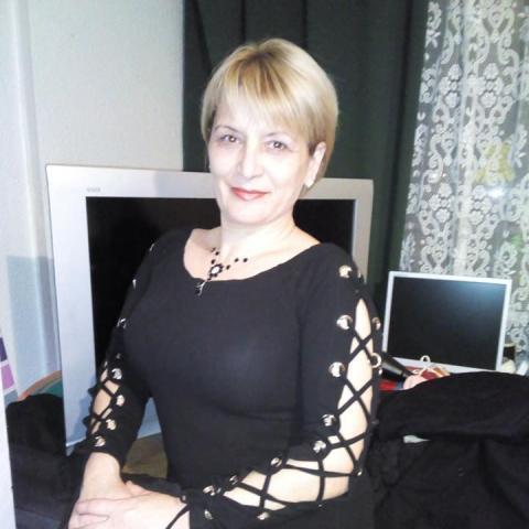 Valéria, 51 éves társkereső nő - Miskolc