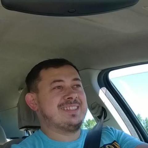 István, 31 éves társkereső férfi - Kiskinizs