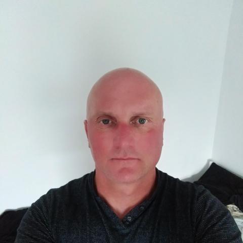 Zoltan, 53 éves társkereső férfi - Ipswich