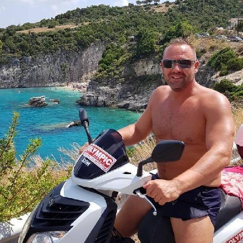 Zsolt, 44 éves társkereső férfi - Budapest