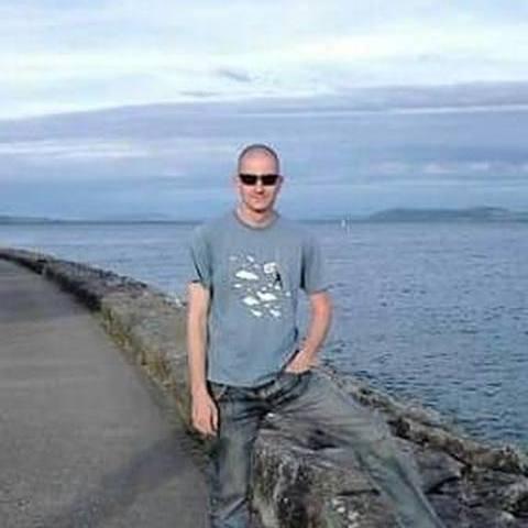 Péter , 41 éves társkereső férfi - Miskolc
