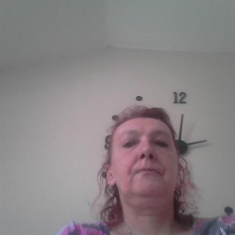 Marcsi, 59 éves társkereső nő - Dunaújváros
