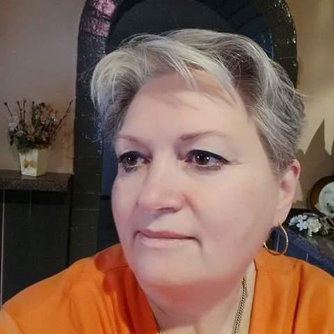 Bernadett, 61 éves társkereső nő - Szombathely