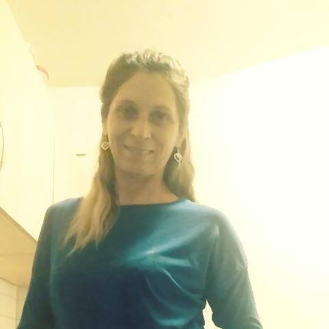 Judit, 49 éves társkereső nő - Schwendi 88477