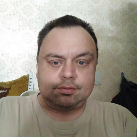 Péter, 51 éves társkereső férfi - Sturovo