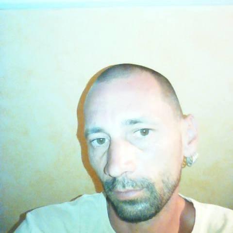 Csabi, 40 éves társkereső férfi - Debrecen