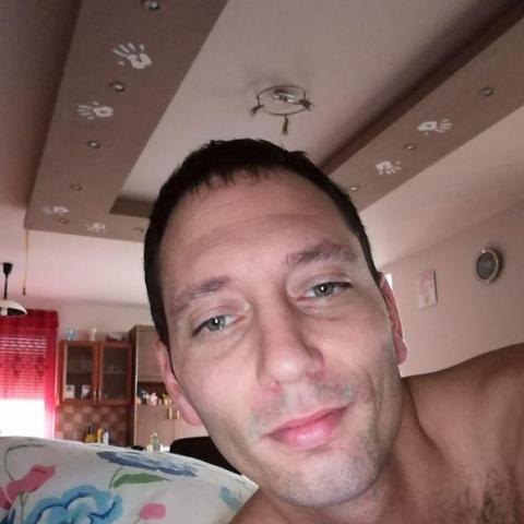 József, 37 éves társkereső férfi - Beloiannisz