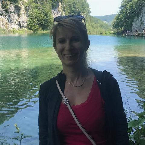 Szilvi, 47 éves társkereső nő - Békés