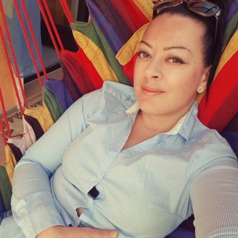 Viki, 35 éves társkereső nő -