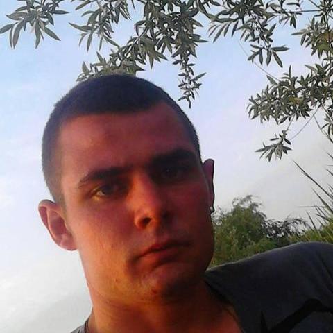 Tibor, 25 éves társkereső férfi - Aba
