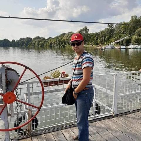 Gergo, 20 éves társkereső férfi - Tiszacsege