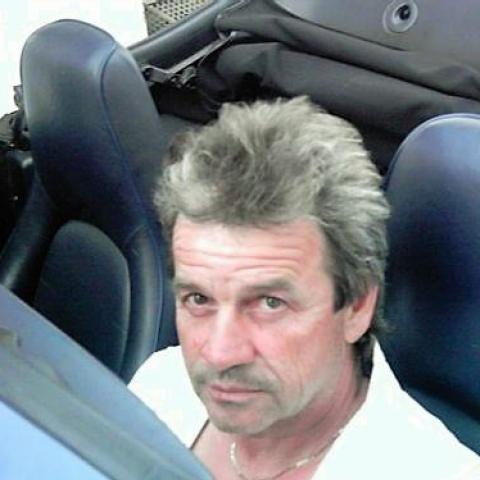 László, 59 éves társkereső férfi - Abasár