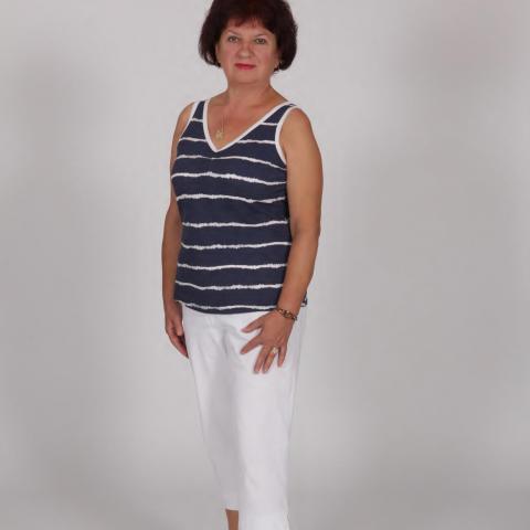 Márta, 62 éves társkereső nő - Győr
