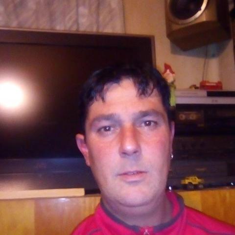Gabor, 41 éves társkereső férfi - Hajdúböszörmény