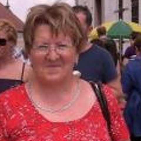 Ágnes, 68 éves társkereső nő - Pásztó