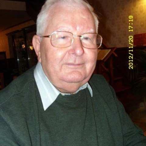 János, 77 éves társkereső férfi - Budapest