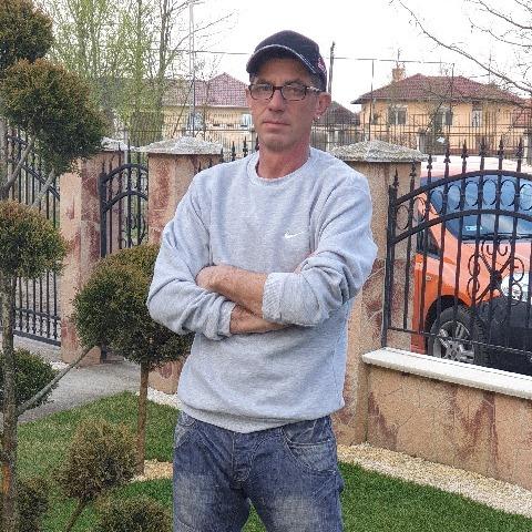 Csaba , 47 éves társkereső férfi - Debrecen