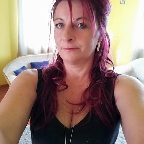 Edit, 50 éves társkereső nő - Forráskút