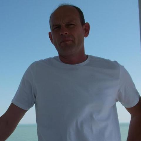 Gábor, 48 éves társkereső férfi - Kecskemét