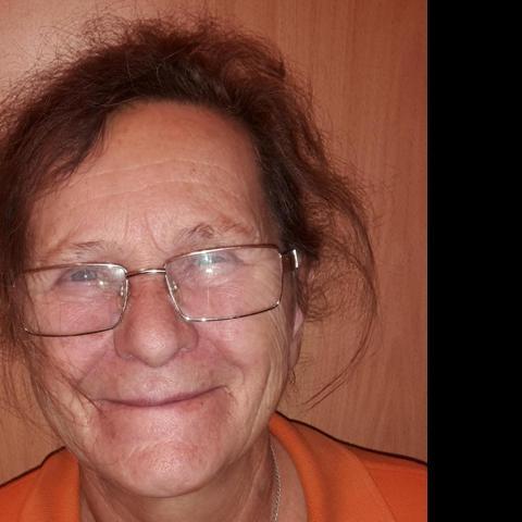 Klarissza, 67 éves társkereső nő - Balassagyarmat