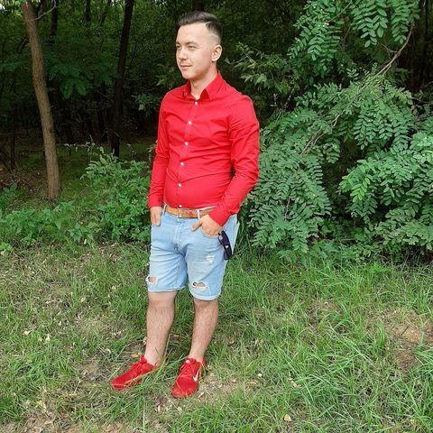 Balázs, 19 éves társkereső férfi - Hajdúsámson
