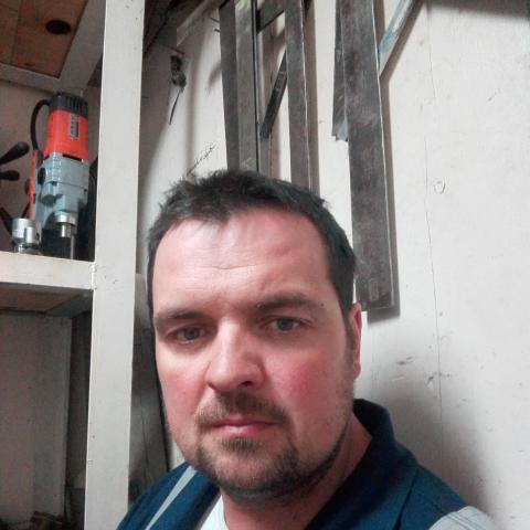Péter, 37 éves társkereső férfi - Mindszent