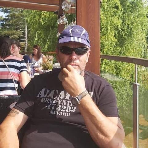 levi, 60 éves társkereső férfi - Nagyréde