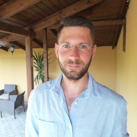 András, 35 éves társkereső férfi - Kamut
