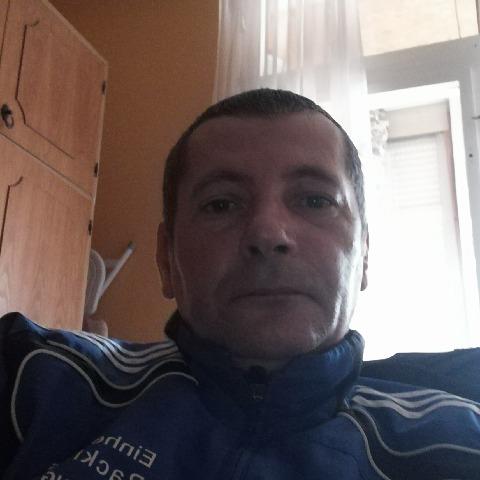 Gábor , 45 éves társkereső férfi - Salgótarján