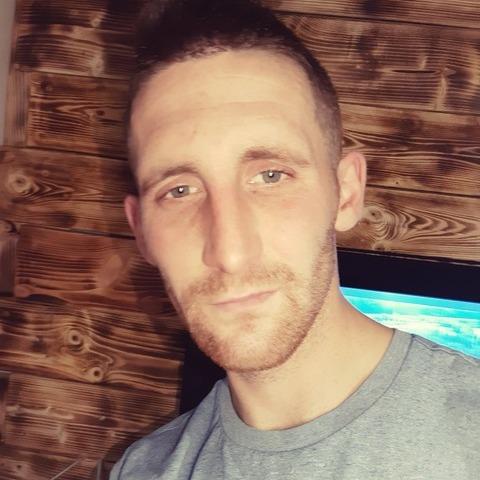 Csáki, 29 éves társkereső férfi - Gégény