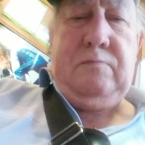 Sándor, 69 éves társkereső férfi - Budapest