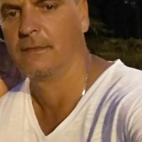 Tibi, 51 éves társkereső férfi - Budapest