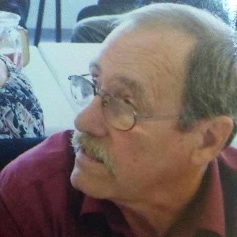Endre, 74 éves társkereső férfi - Szekszárd