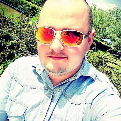 László, 25 éves társkereső férfi - Füzesgyarmat