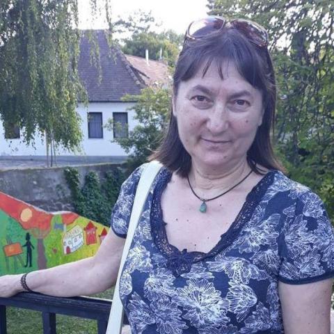 Irén, 63 éves társkereső nő - Püspökladány