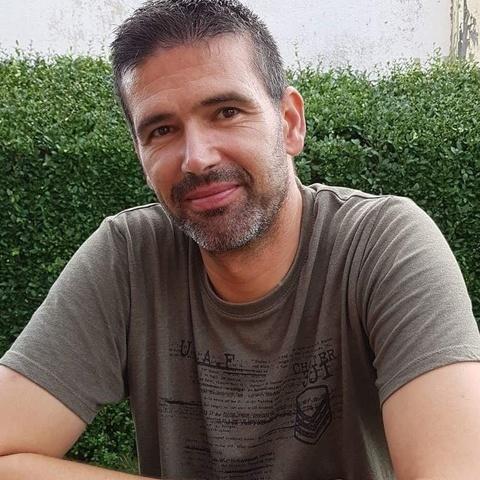 Krisztián, 40 éves társkereső férfi - Győr