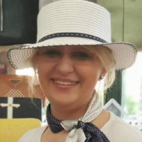 Ildikó, 53 éves társkereső nő - Budakeszi