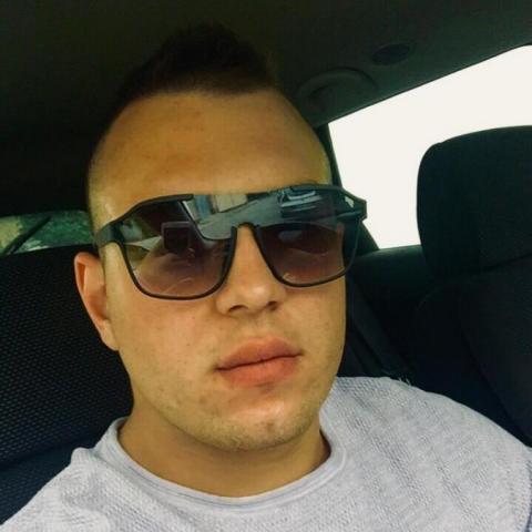 Patrik, 22 éves társkereső férfi - Szekszárd