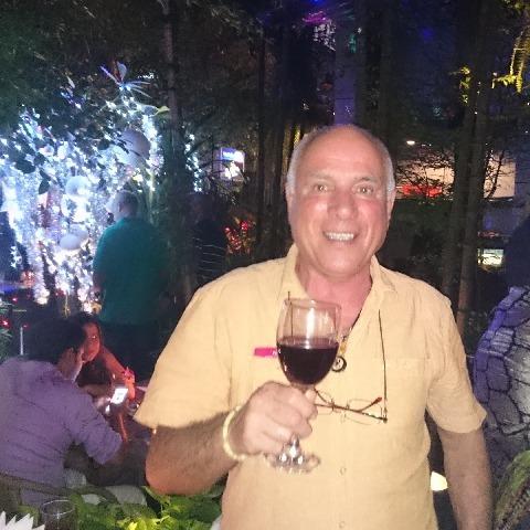 Feri, 65 éves társkereső férfi - Dunabogdány