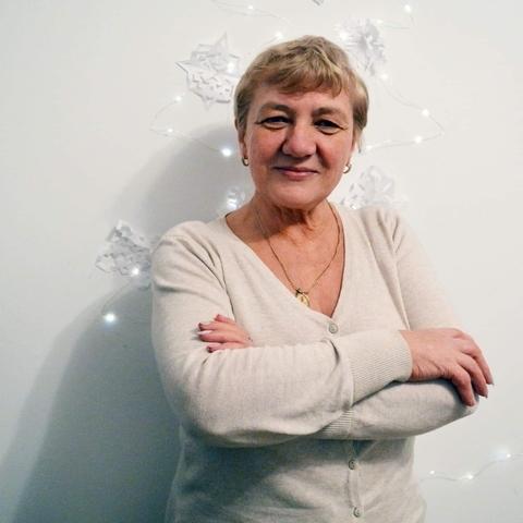 Eva, 65 éves társkereső nő - Debrecen
