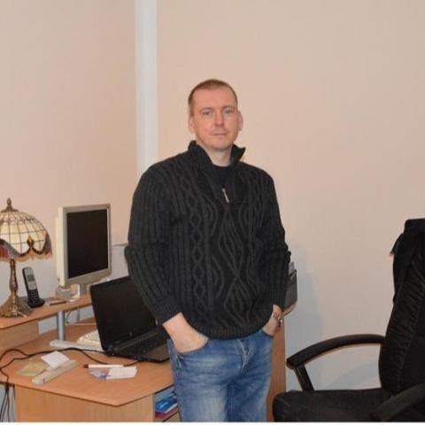 Krisztián, 42 éves társkereső férfi - Budapest
