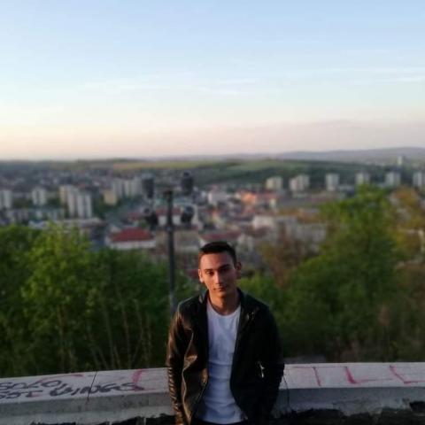 Richárd, 22 éves társkereső férfi - Miskolc