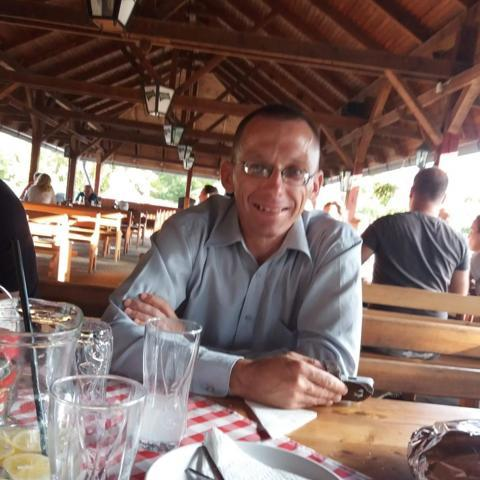 Péter, 39 éves társkereső férfi - Poroszló