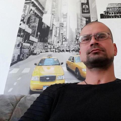 Jozsef, 36 éves társkereső férfi - Szeged