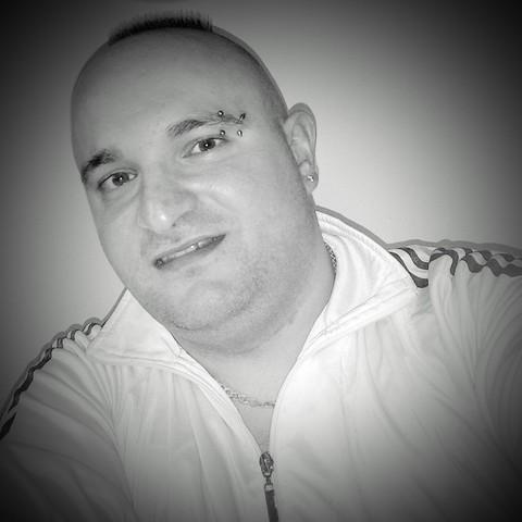 Ferenc , 30 éves társkereső férfi - Püspökladány